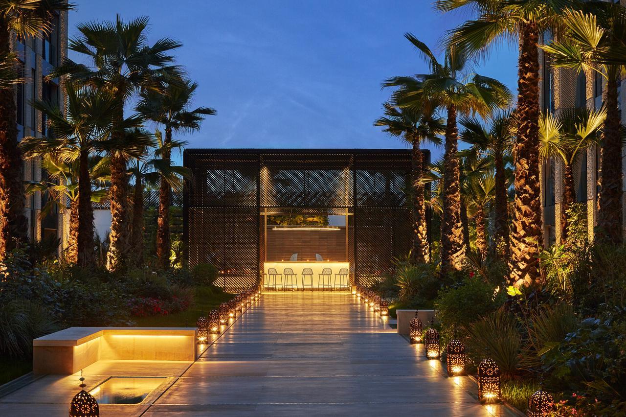 تقرير بالتفصيل عن فندق فور سيزونز الدار البيضاء