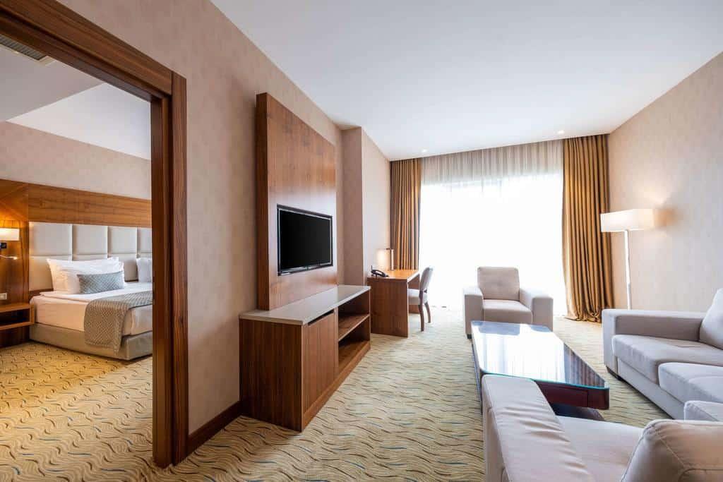 فندق كلاريون إسطنبول محمود بيه