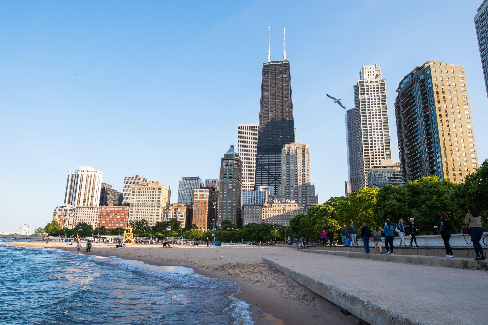 اين تقع شيكاغو وما اهم المدن القريبة من شيكاغو