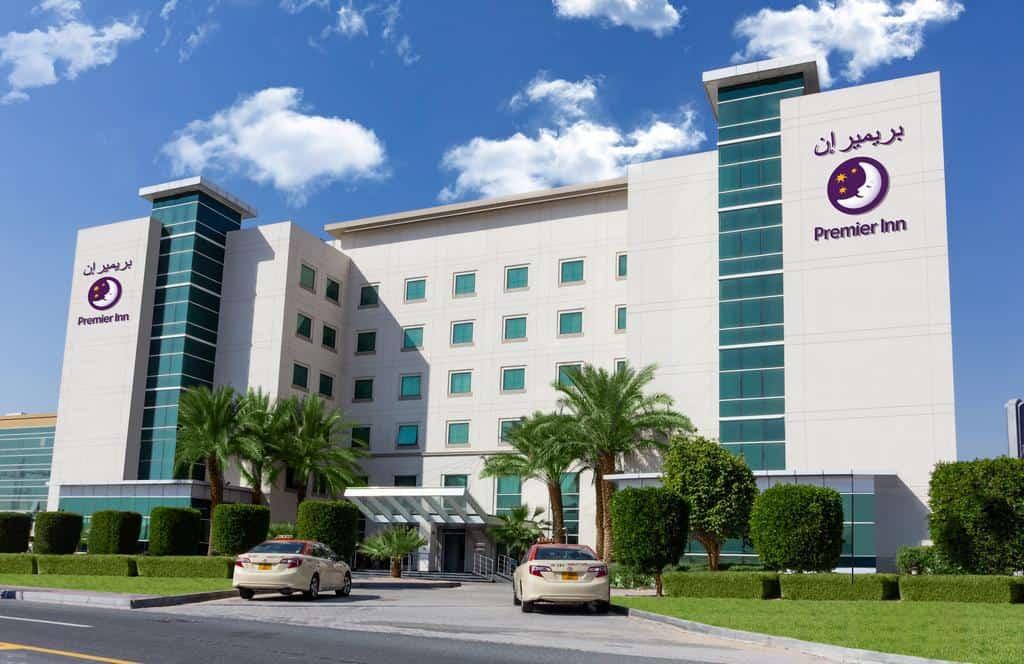 تقرير شامل عن فندق بريمير ان مجمع دبي