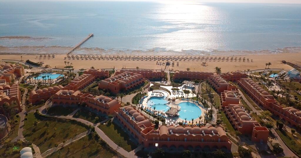تقرير بالتفصيل عن فندق نوفوتيل مرسى علم