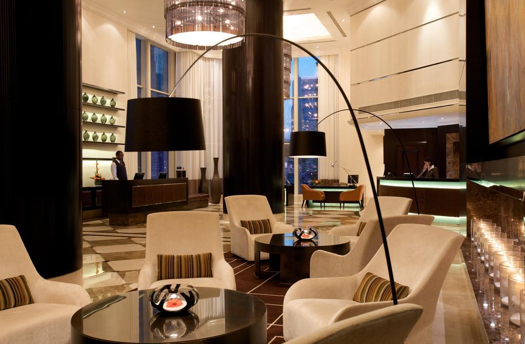 لوبي فندق تاورز روتانا دبي