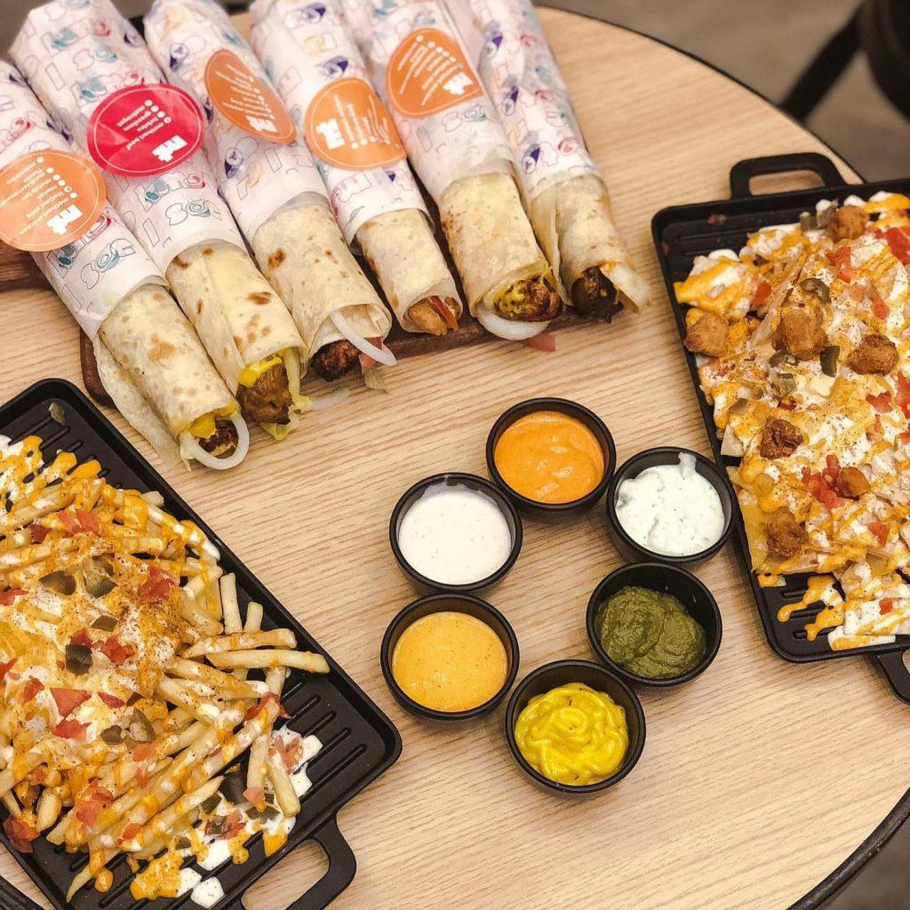 افضل خمسة مطاعم برجر دجاج مقلي في الرياض عطلات