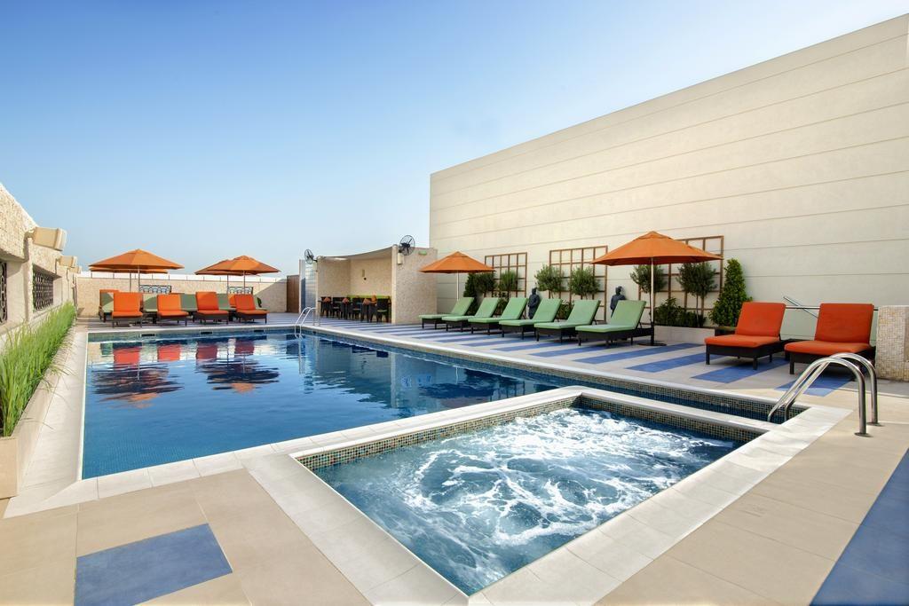 فندق كوزموبوليتان دبي