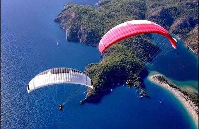 القفز بالبراشوت على شاطئ اولودنيز تركيا