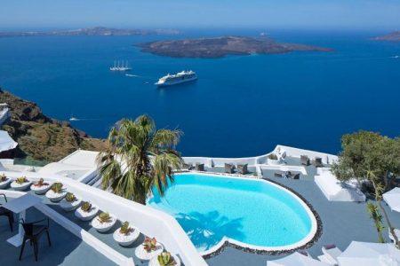 تقرير مصور يضم مقارنة بين اجمل 4 جزر سياحية
