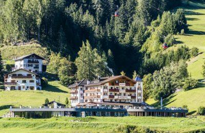 تقرير فيديو و صور عن فندق ألبين هوتيل راينيل ايطاليا