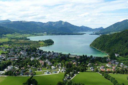 تقرير صور و فيديو  عن قرية و بحيرة وولف قانق النمسا