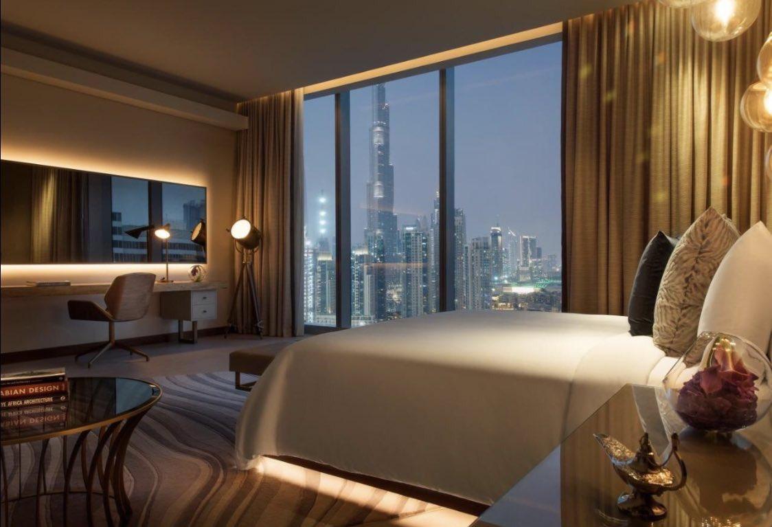 صورة لاحد الغرف في فندق رينيسانس داون تاون دبي