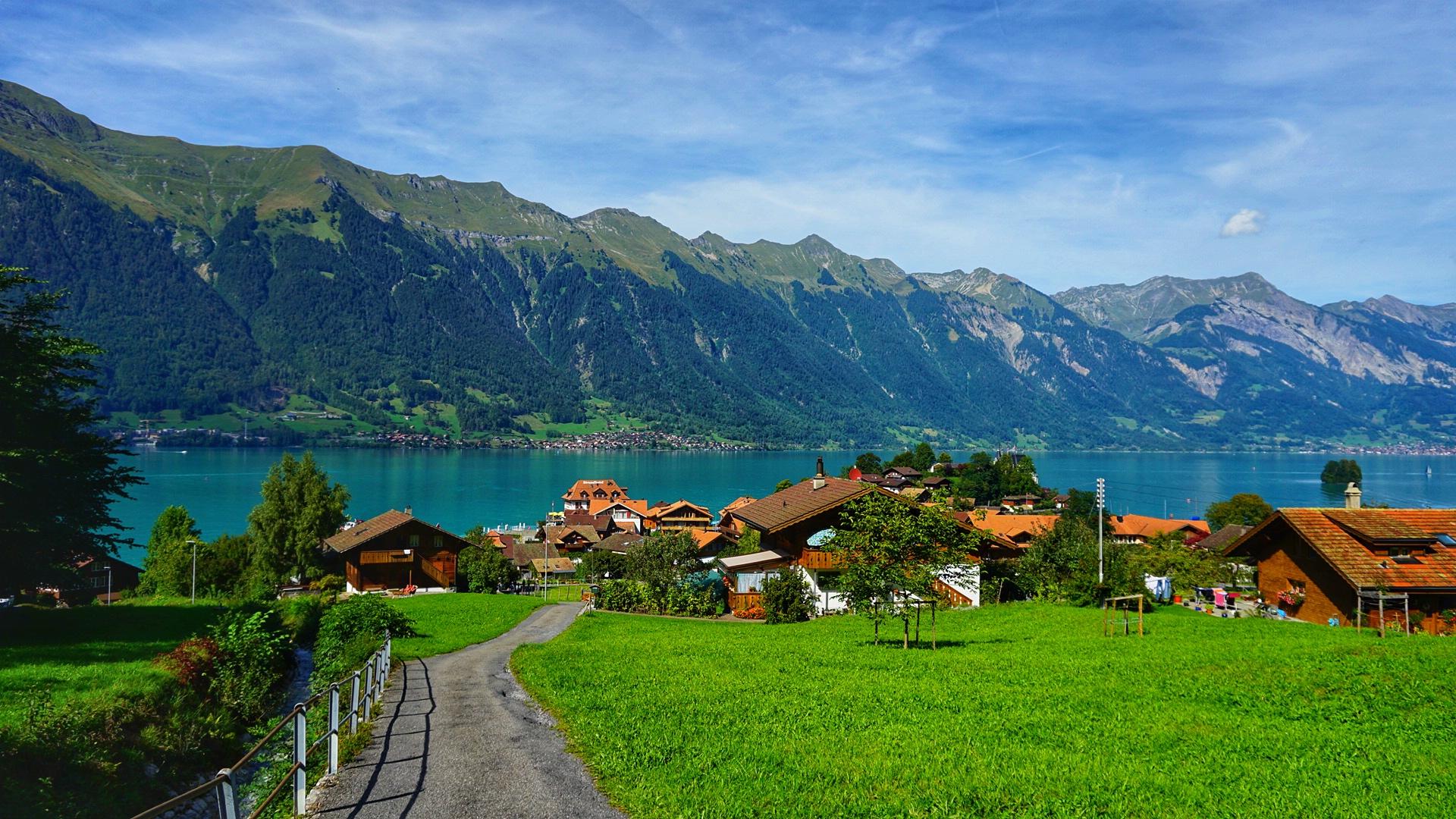 صورة لبحيرة بحيرة برينز سويسرا