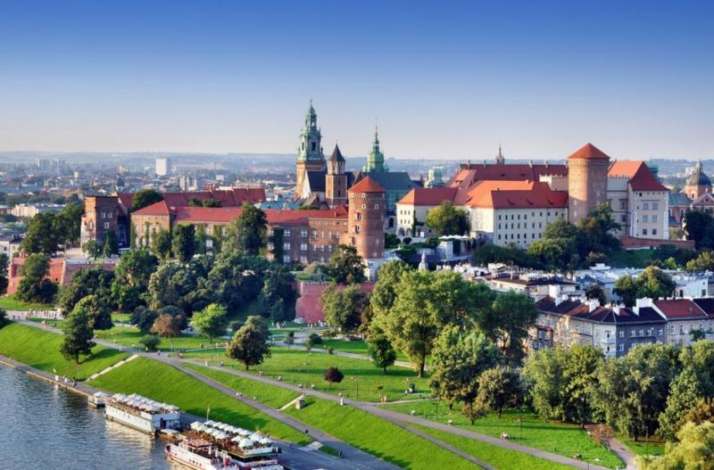 كم تحتاج وقت لزيارة كراكوف بولندا ؟