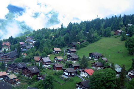 السياحة في قرية وينجن سويسرا