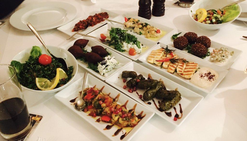 صورة لبعض اطباق مطعم كاسالوت برلين