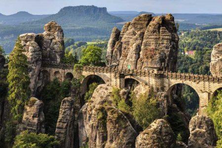 تقرير سياحي عن منتزه سويسرا البوهيمي الوطني