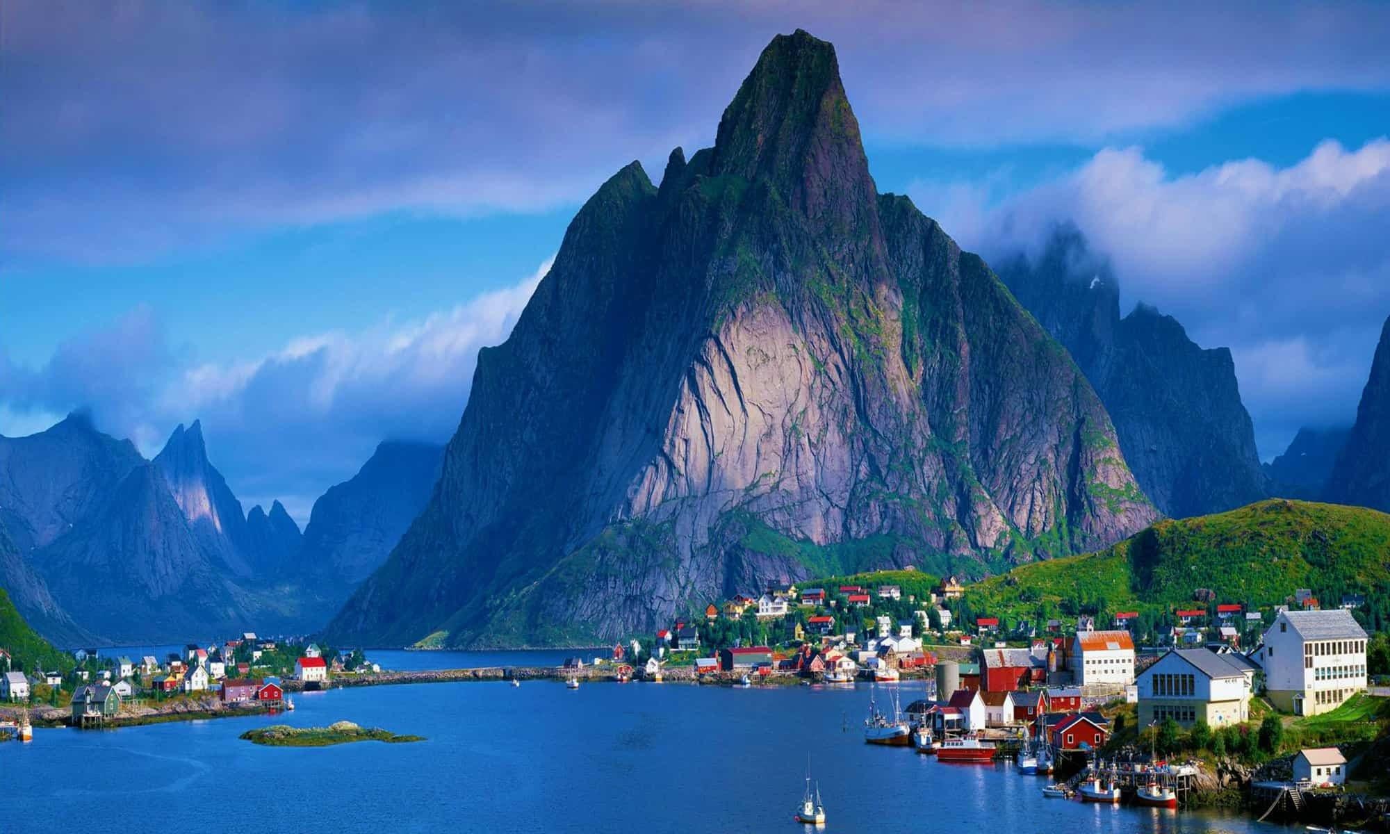 تقرير رحلتي الى النرويج و اهم معالمها السياحية