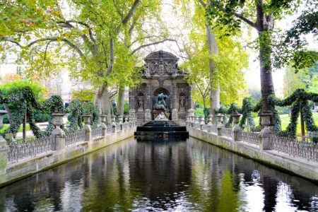 حدائق لوكسمبورغ في باريس تقرير مع الفيديو و الصور