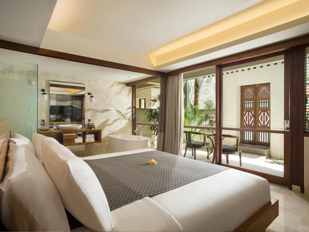 3.فندق أمنايا ريزورت كوتا-min