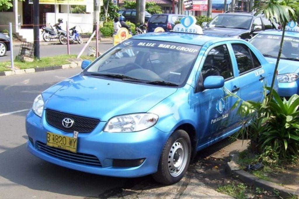 كيفية التعامل مع السائق في اندونيسيا