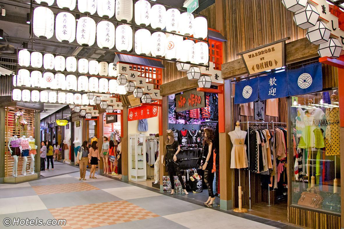 terminal-21-mall.jpg