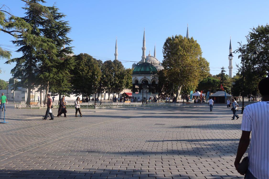 ساحة كنيسة ايا صوفيا