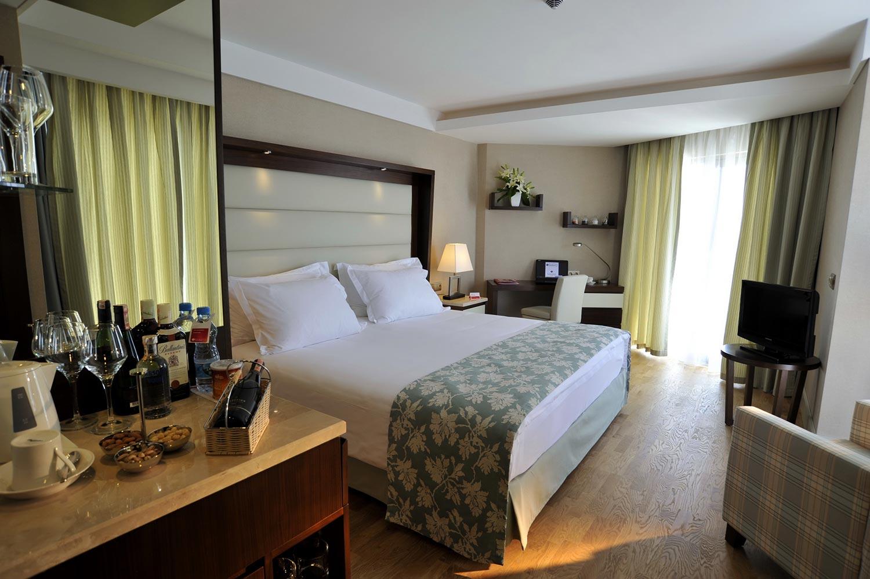 فندق رمادا بلازا
