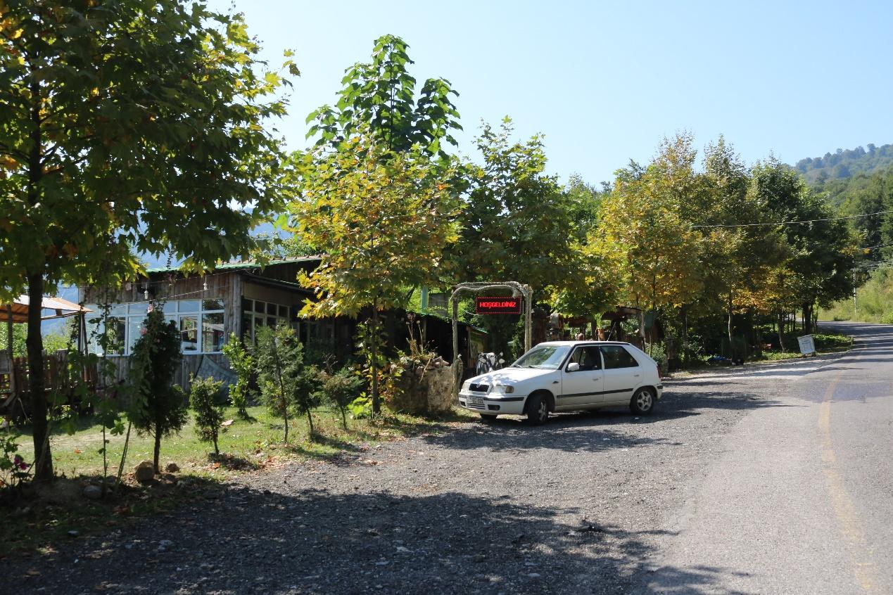مطعم ريفي صغير بتركيا